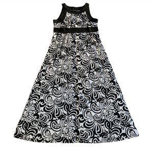 🎉HP🎉 Forever| black and white dress 👗